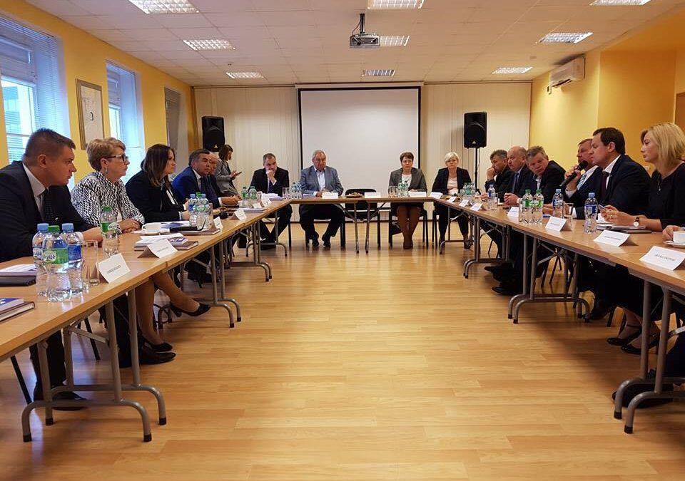 Komisja Łączności z Polakami za Granicą Sejmu Rzeczypospolitej upomina się o naszych Rodaków na Litwie
